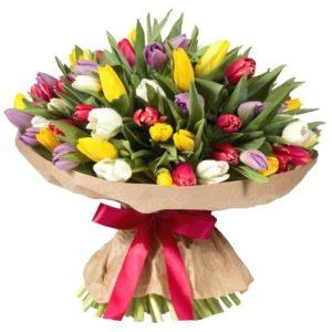 Букет из 51 тюльпана разнообразной расцветки